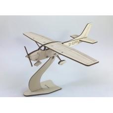 Pure Planes Cessna 182